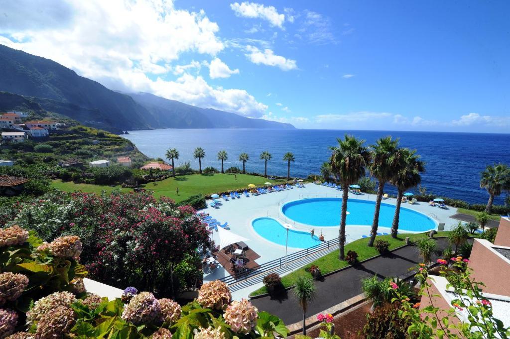 Voo + Hotel   Lisboa - Madeira