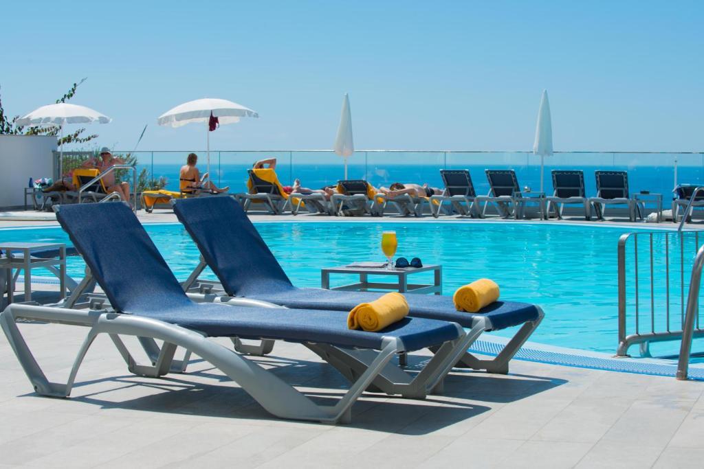Madeira, 8 dias - Voo + Hotel - Madeira e Porto Santo - Low Cost